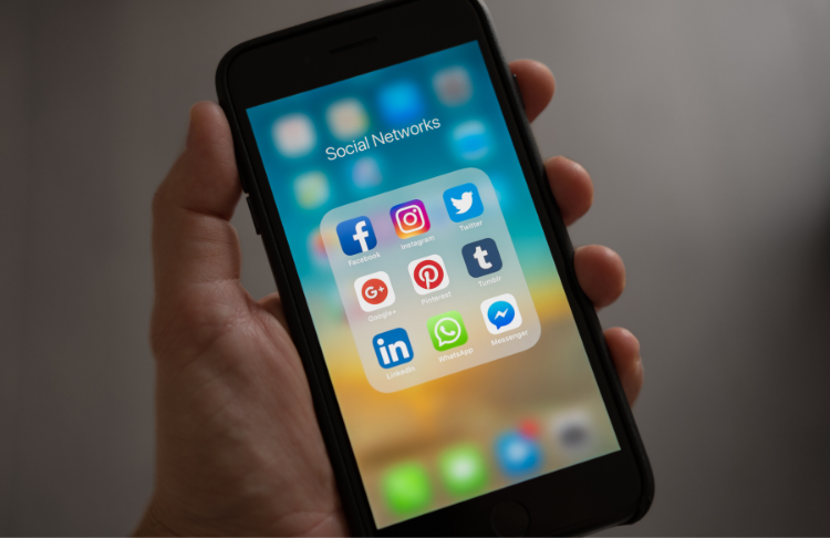 Small business marketing strategies - social media marketing is an effective strategy for small businesses