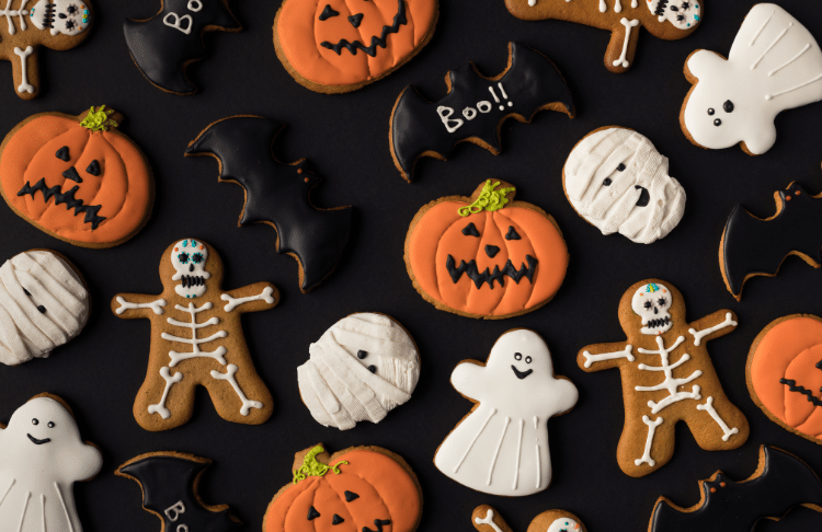 Offer Halloween themed items as part of your halloween promotion to get shoppers in on the spirit.