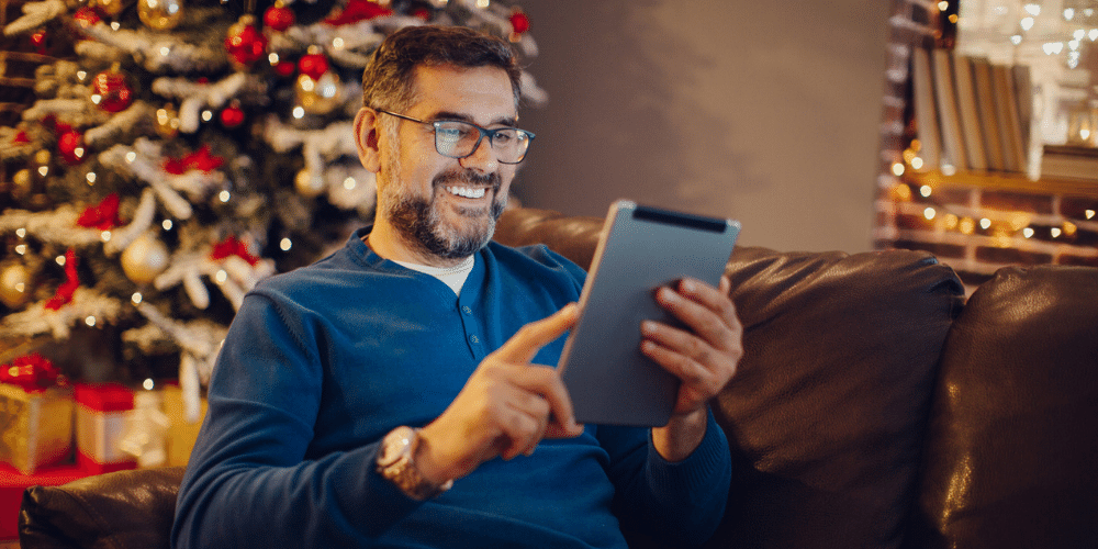 Looking for holiday email subject line ideas? Use these 50+ to get started with your holiday email marketing campaigns.