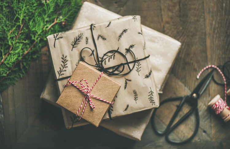 Creating a holiday gift guide can amplify your business during the holiday season.