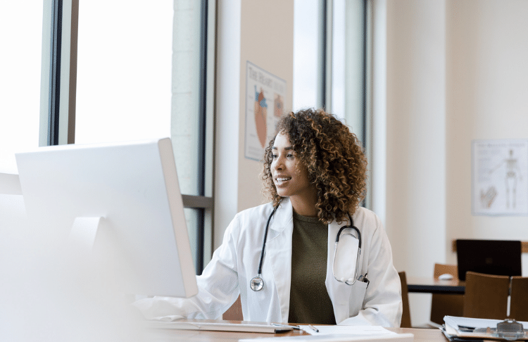 How to Humanize Healthcare Marketing Through Web Chat (It's Not That Hard)