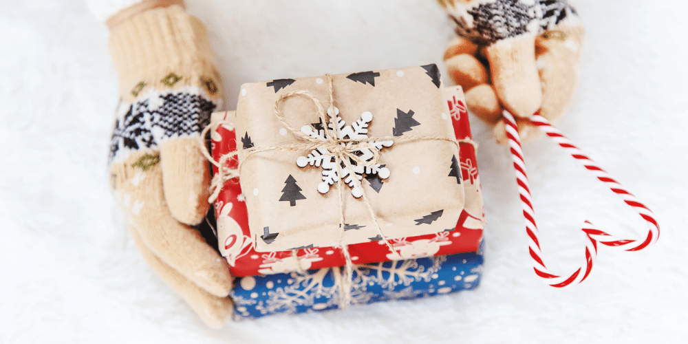 Instagram holiday giveaways are a great way to connect with customers and increase engagement during the holidays.