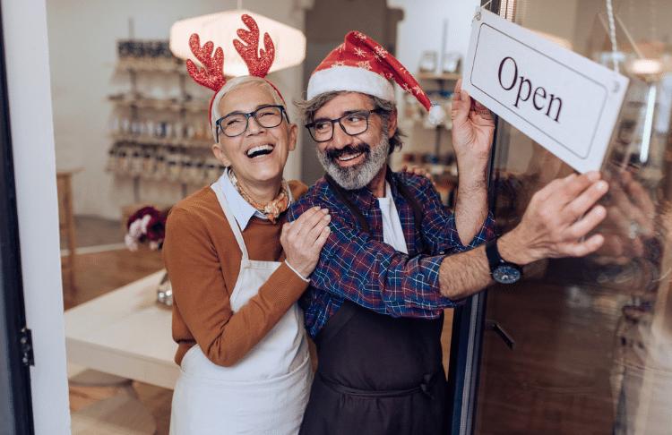 8 Time-Saving Holiday Marketing Tips to Help You Stress Less This Season